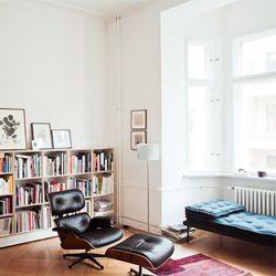 Silke Neumann's Berlin flat. (via seesaw)