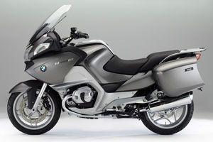 BEST SPORT-TOURING BIKE: BMW R1200RT