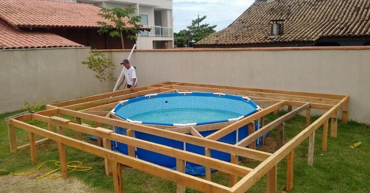 Er hat zu wenig Geld für einen Pool. Doch was er dann im Garten anstellt, ist eine Meisterleistung!