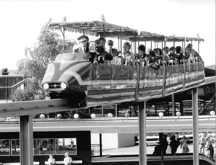 Monorailin avajaiset