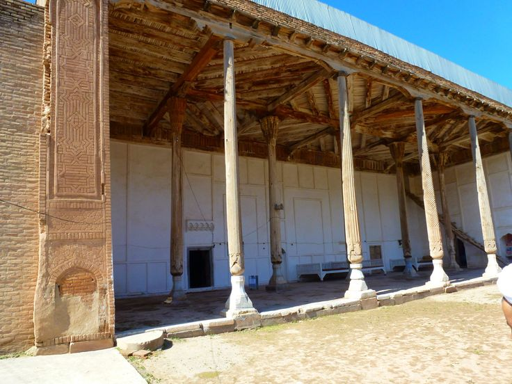 NoneAncient mosque was built by Sultan of Yemen about 1500 century