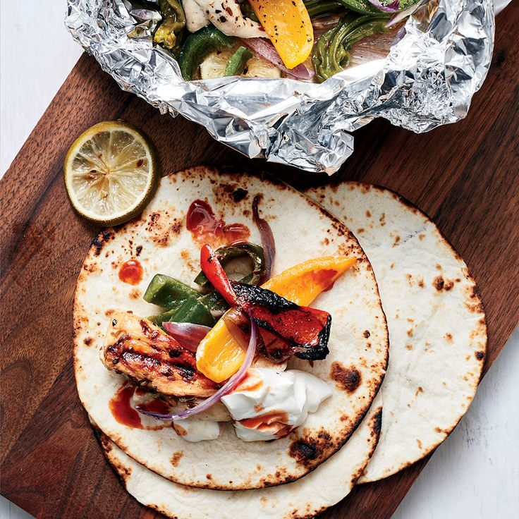 Learn to make supersimple and delicious chicken fajita hobo packs for the grill at Food & Wine. http://www.winecoolerhub.com