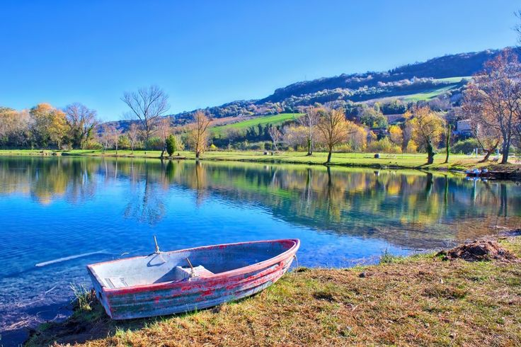 Laghi artificiali lungo la Valdaso nelle Marche