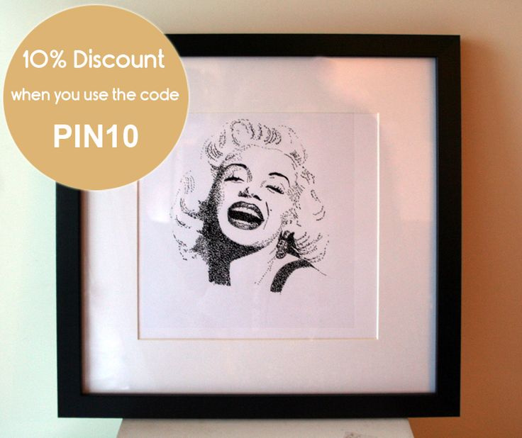 Marilyn Monroe framed print. 10% DISCOUNT. Click today to see details.   https://www.etsy.com/no-en/listing/212567341/marilyn-monroe-framed-print?ref=shop_home_feat_2