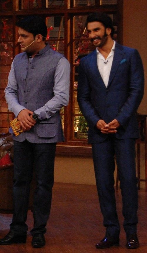 Ranveer Singh, Sonakshi Sinha promoting 'Lootera' On the Sets of Comedy Nights TV Show