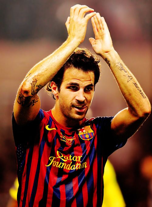 31 best cesc fabregas elbow tattoo images on pinterest elbow tattoos football players and. Black Bedroom Furniture Sets. Home Design Ideas
