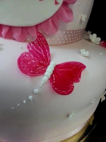 farfalla rosa Torte Artistiche per qualsiasi evento della pasticceria La Mimosa di http://www.simocakedesigner.it
