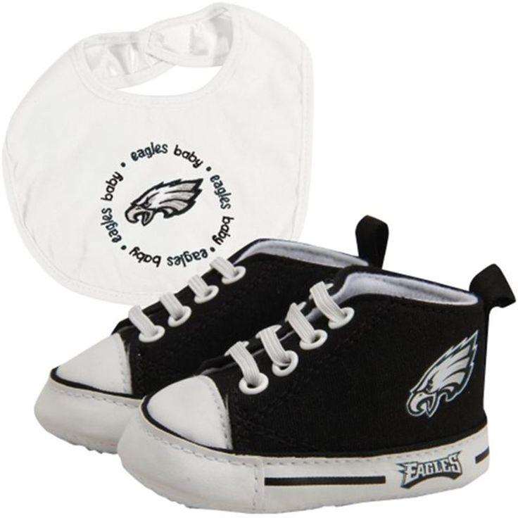 Philadelphia Eagles NFL Infant Bib and Shoe Gift Set