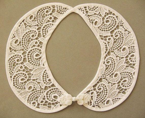 Elegant White Lace Detachable Handmade Peter Pan Collar by BlumArt