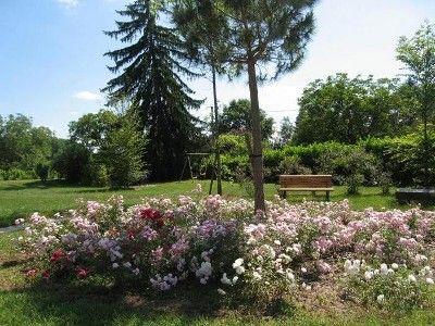 Sarlat la Caneda cottage rental - Beautiful grounds