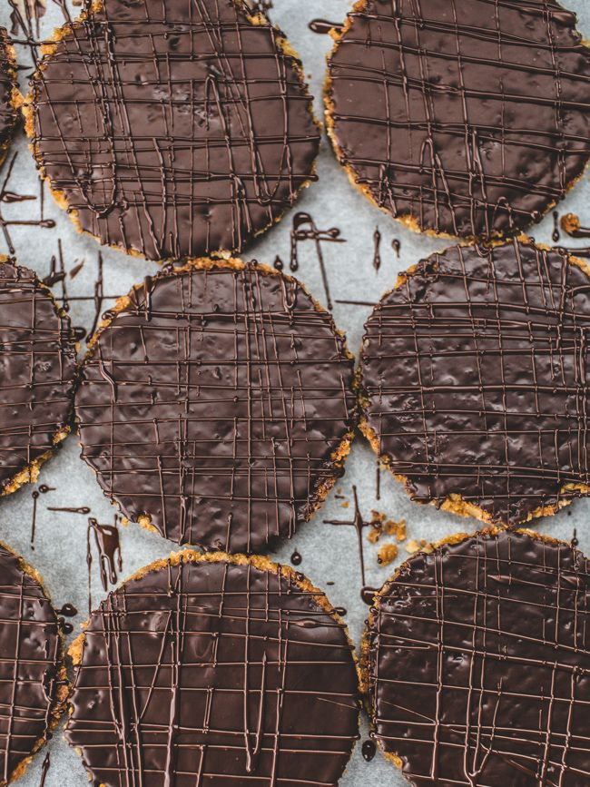 CHOCOLATE HOBNOB BISCUIT [mcvitie milk chocolate hob nobs copycat recipe] [topwithcinnamon]