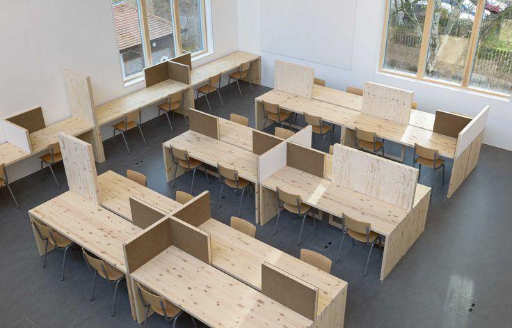Aldworth James & Bond | Wimbledon College of Art - flexible furniture for creative studio space