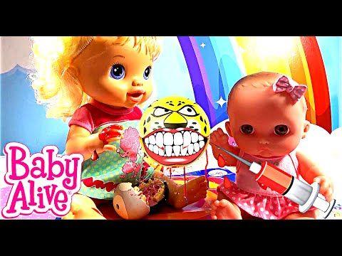 Куклу беби элайв укусил зубастик кровь из пальца лечим baby alive делает...