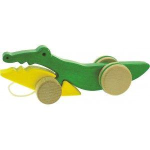 Bajo 23210 - Drewniany Krokodyl Zabawka na Kółkach do Ciągnięcia dla Dzieci od 18 miesięcy na Sznureczku. Crocodile podczas ciągania otwiera i zamyka swoją paszczę, czy nadaje się na spacery? Sprawdź