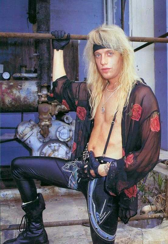 The handsome one...Jani Lane♡♡