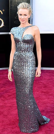 Naomi Watts sparkles at the 2013 Oscars