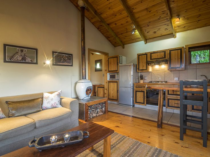 Another angle of the lounge, kitchen/dining area - Cliffhanger Cottage.