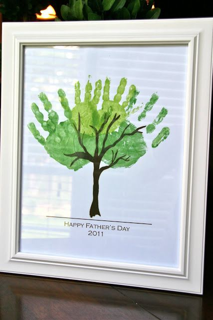 handprint tree leave from Anna and Co.: Design | {Freebie} Father's Day Print