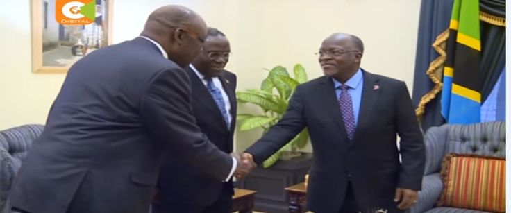 Tanzania neighboring country; Kenya has for about 100 days has been in a medical strike with at least 5000 doctors on a strike.to relieve the medical difficulties in Kenya President John Magufuli of Tanzania has sent 500 doctors to Kenya to easy the medical situation in the country.   #500 dooctors #doctors #hapa kazi tu #health workers #kenya #Magufuli #strike #tanzania #Tanzania doctors