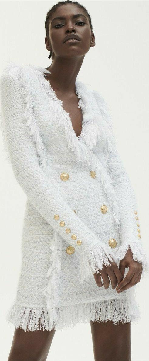 Balmain tweed mantel