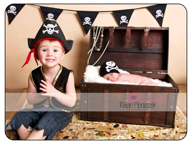 Families. Brothers. Pirates. Treasure. Rhian Pieniazek Photography.