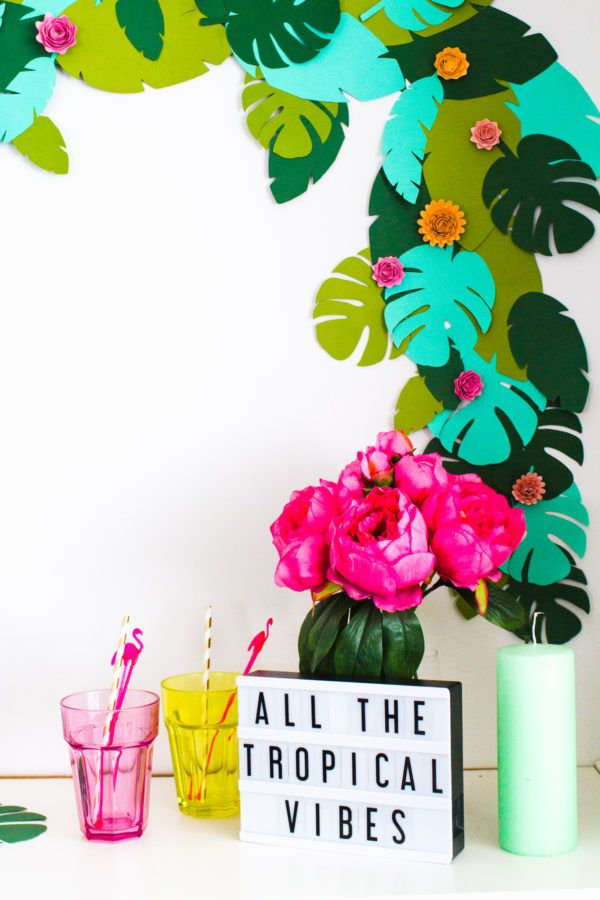 DIY Tropical Paper Palm Leaf Garland | Bespoke-Bride.com | Studio DIY |