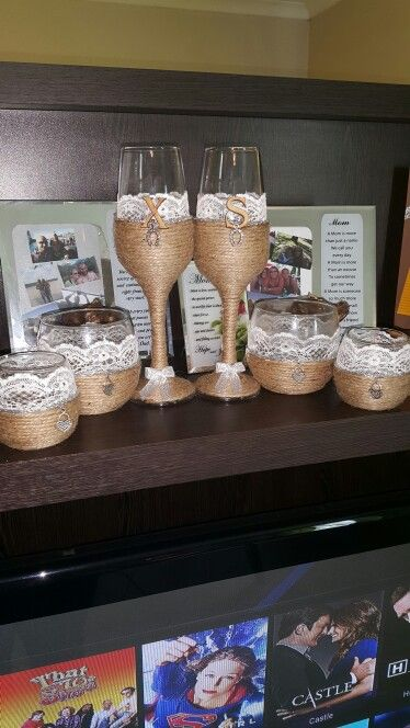Rustic glass set with centre pieces.