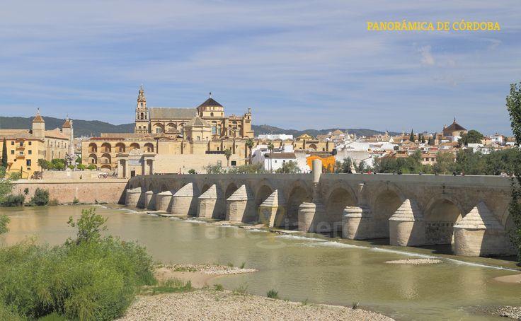 Córdoba, Vista parcial de la ciudad, en primer término el río Guadalquivir y al fondo la Mezquita-Catedral