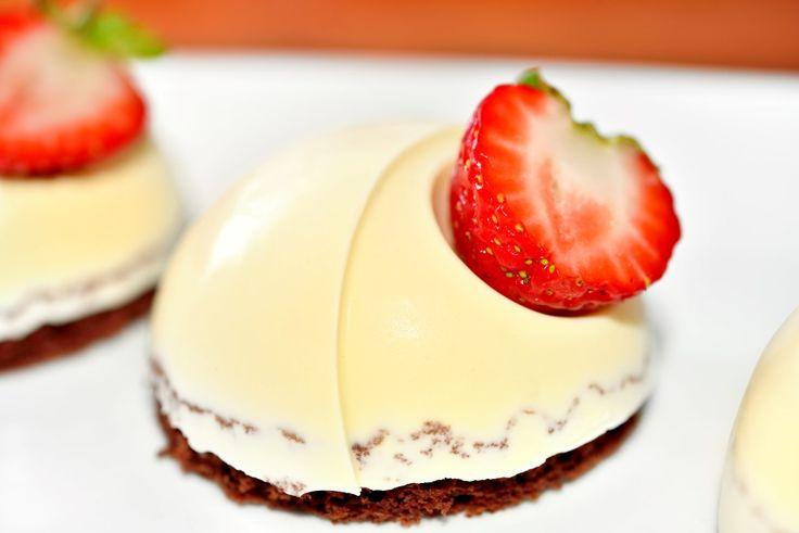 Vanilla Panna Cotta with Strawberry