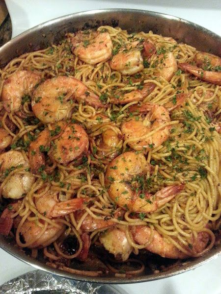 """Garlic Shrimp! 5.00 stars, 4 reviews. """"If you love shrimp and pasta as I do this is a must have in your recipe collection. You wont be disappointed ;-)"""" @allthecooks #recipe"""