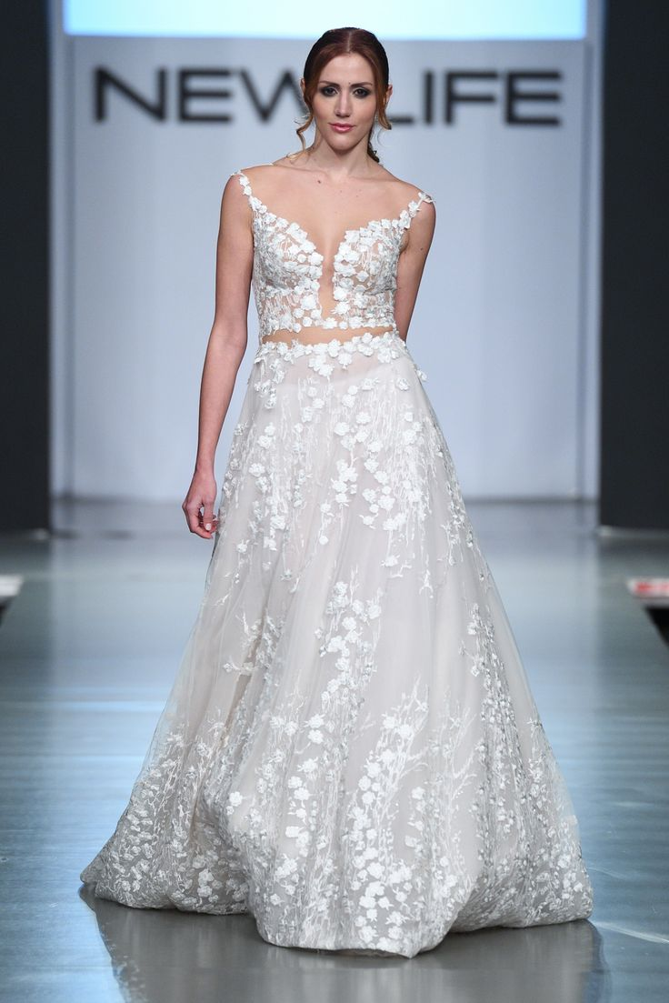FIORI #weddingdress #weddinggown #croptop