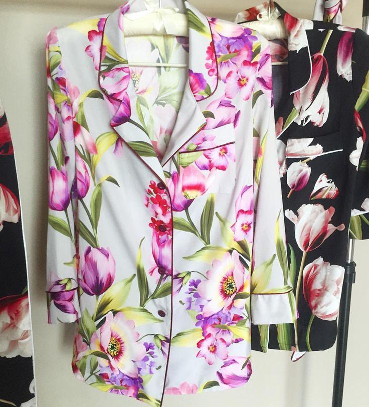 113 отметок «Нравится», 3 комментариев — Maru.Atelier 💕 (@maru.atelier) в Instagram: «Очаровательные шёлковые рубашки для не менее очаровательной девушки из Москвы🌷🌸🌷 под заказ ✂️✂️✂️»