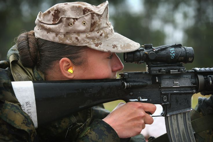 Women Attend Parris Island Marine Boot Camp (PHOTOS)
