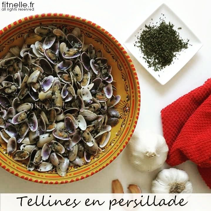 ma recette de cette spécialité camargaise : http://www.fitnelle.fr/tellines-en-persillade/