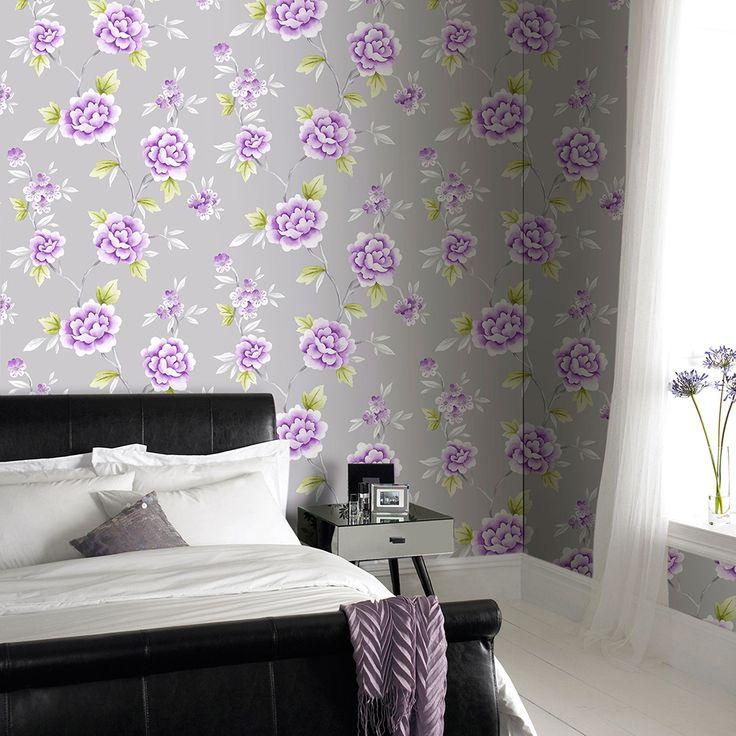 Серо-фиолетовые обои в спальне