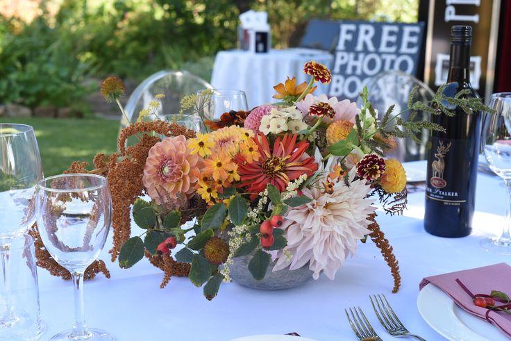 February Wedding, Al Ru Farm Tasting Dinner, centrepiece, table flowers, Dahlias, Cafe au Lait, Rose hips, Amaranth Hot Bisuits, Zinnias, cream, red, brown