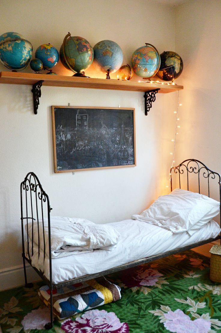 Jongens kinderkamer - voor meer kinderkamers kijk ook eens op http://www.wonenonline.nl/slaapkamers/kinderkamer/ eens