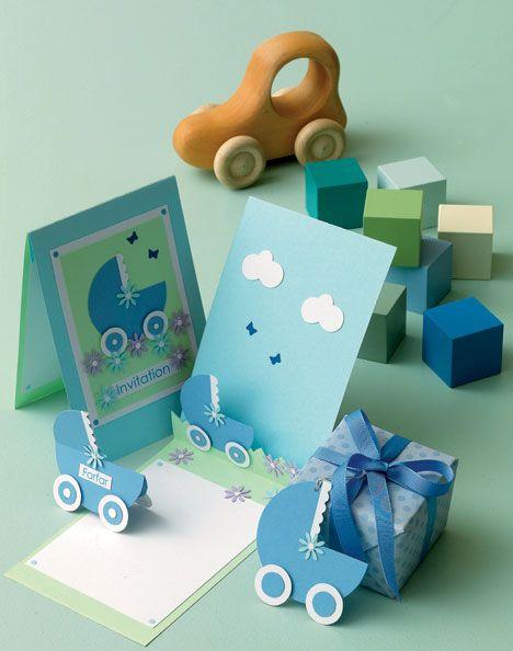 De søde invitationer og bordkort til dåbs- eller navnefesten kan også anvendes som lykønskningskort til de nybagte forældre.