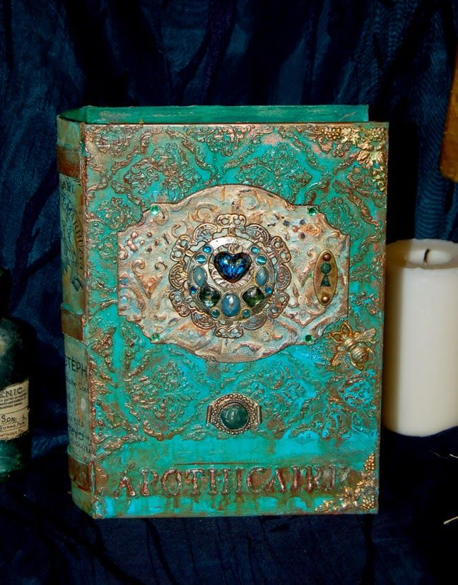 Zuzu's Petals 'n' Stuff: Apothecary Book Box: For DecoArt