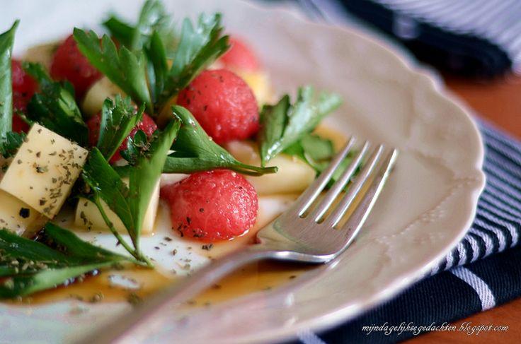mijn dagelijkse gedachten: Watermelon Cheese Salad / Салат из Арбуза и Сыра