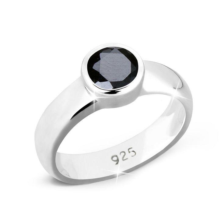 """Eleganter Silberring aus feinem 925er Sterlingsilber mit eingefasstem, funkelnden Zirkonia (Durchmesser 6mm) in Schwarz. Hochglanzpoliert.  Weitere Hilfe zur Ringgröße:  Angegebene Größe in mm entspricht """"Ring Innen-Umfang"""", Umrechnung in """"Ring Durchmesser Ø"""" wie folgt:  52mm Umfang = 16,5mm Ø 54mm Umfang = 17,2mm Ø 56mm Umfang = 17,8mm Ø 58mm Umfang = 18,4mm Ø  Produktdetails: Steinfassung: Za..."""