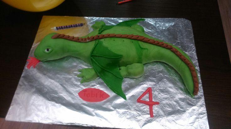 18. Drak ke čtvrtým narozeninám. Dragon cake.