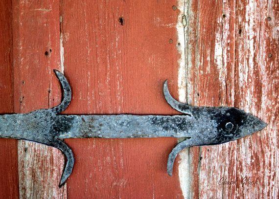 Barn Door Hinge, Rustic Old Hinge, Hinge on Barn Door, Rustic Photo Art, Old Barns, Rusty Barn Hinge, Wall Decor Photos
