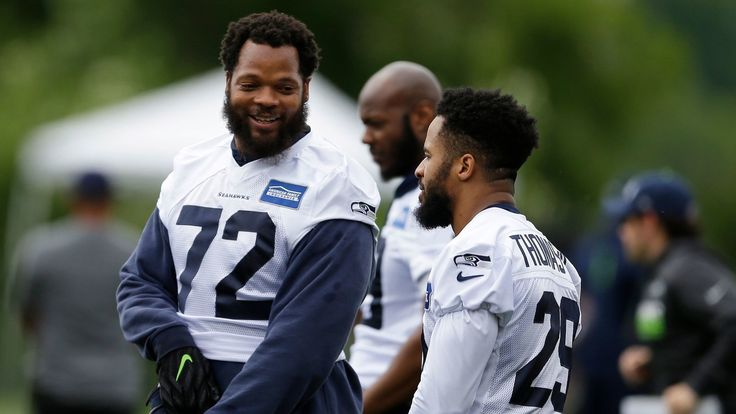 Seattle Seahawks star Michael Bennett is writing a book: 'How to Make White People Uncomfortable' - LA Times