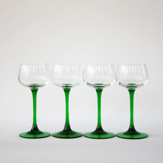 Vintage christmas glasses french wine glasses green for Holiday stemware