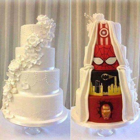 Und was wäre nur eine Hochzeit ohne Torte? Damit Braut und Bräutigam gleichermaßen zufrieden sind, gibt es diese smarte Variante. Einmal gedreht wird aus dem Traum aus Weiß ein cooles Comic-Mashup.  (Bild-Copyright: Instagram/tdparasuafesta)