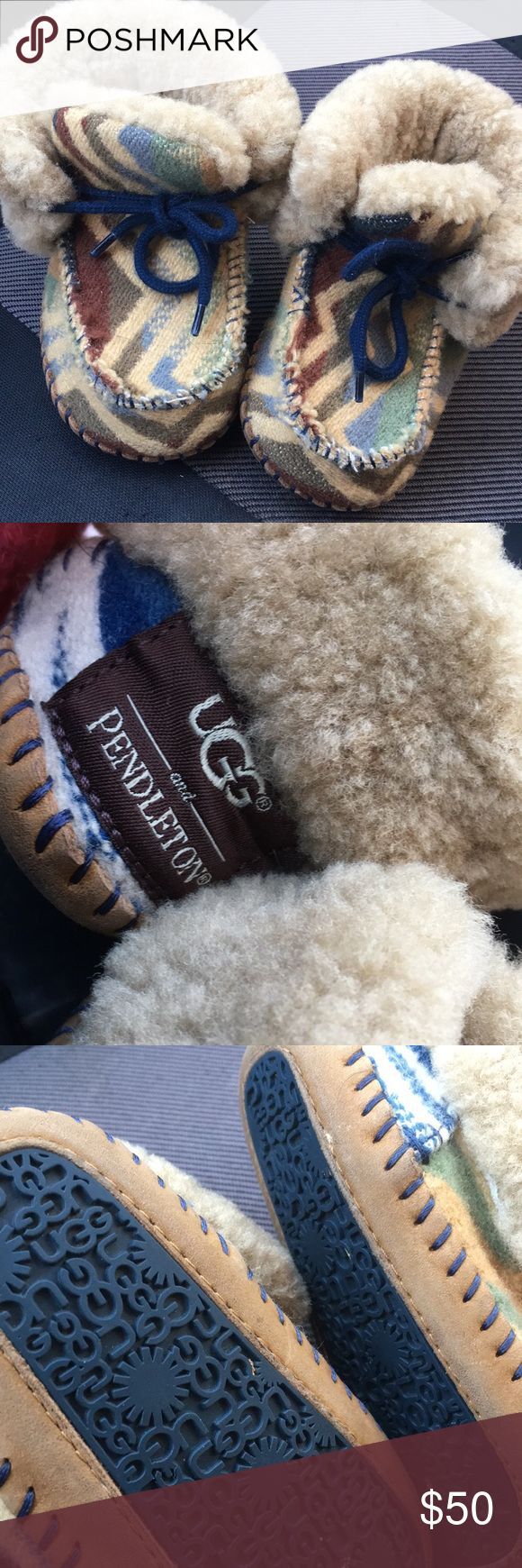 Ugg Pendleton toddlers Super cute 😘and warm 👣comfy size 4/5 in almost new condition will fit up to 24months or 2T UGG Shoes Slippers
