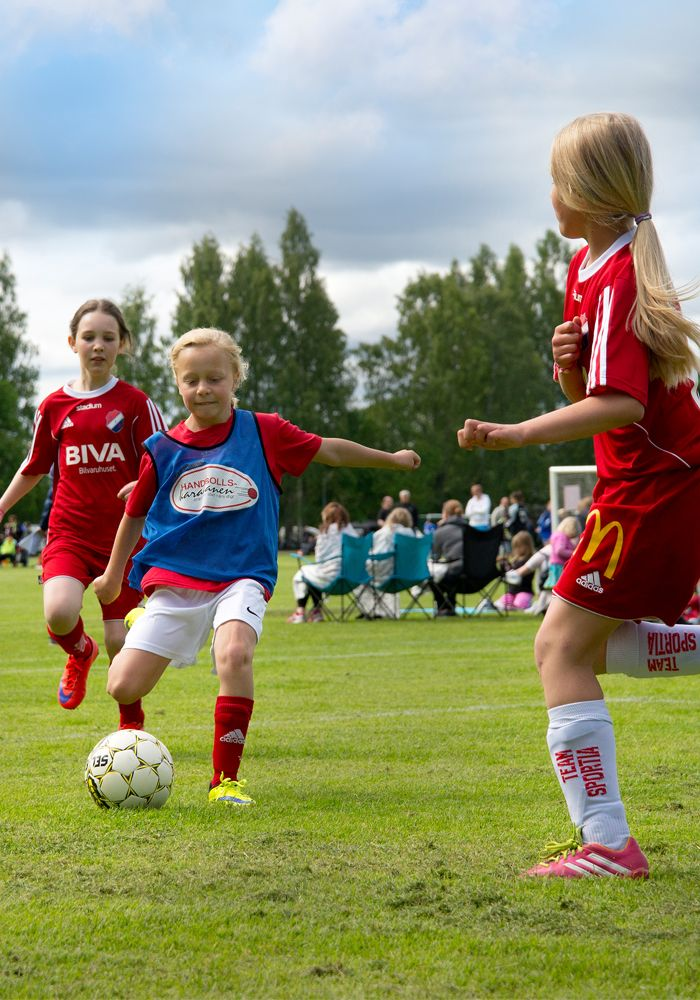 Dalecarlia Cup i Borlänge lockar massvis med fotbollssugna ungdomar varje år