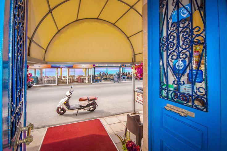 Plaza Hotel - reception - Aegina island Greece
