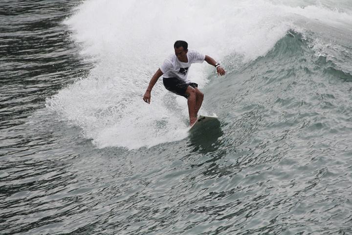 balisurfadvisor.com surf guide